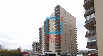 Garsonjera sa lođom na 4. spratu, Miljacka / Novi Grad