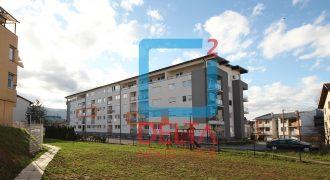 Trosoban stan u zgradi novije gradnje, Aerodromsko naselje