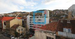 Prostran trosoban stan sa garažom, Skenderija / Centar