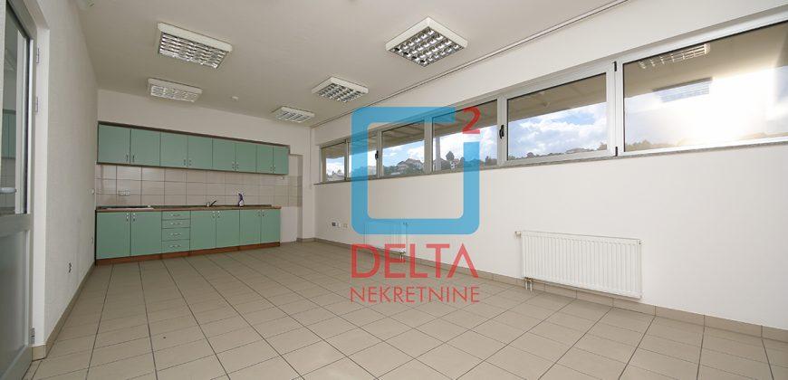 Poslovni objekat sa parkingom, Vlakovo, Ilidža