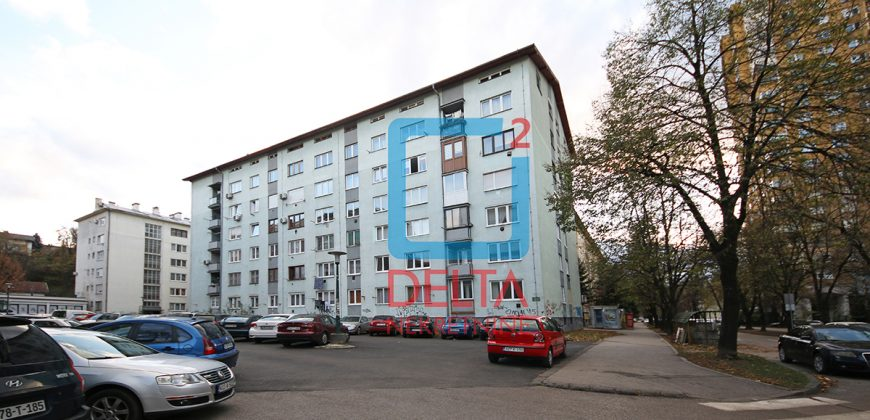 Praktičan jednoiposoban stan, Grbavica