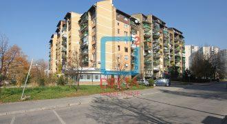 Trosoban adaptiran stan, Vojničko Polje / Novi Grad