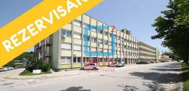 Manji trosoban stan na 2. spratu u neposrednoj blizini naselja Miljacka