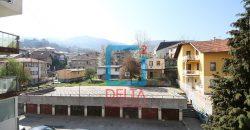 Adaptiran četverosoban stan na drugom spratu, Bistrik, Stari Grad
