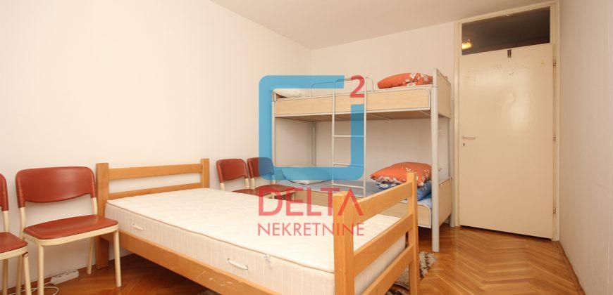 Trosoban stan na drugom spratu, Ilidža / Lužani