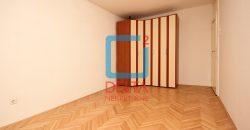 Nenamješten dvosoban stan na drugom spratu, Čengić Vila