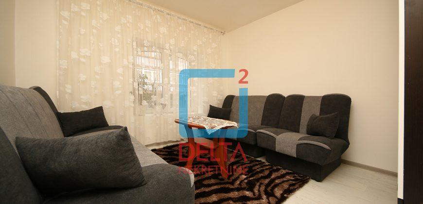 Dvosoban stan na prvom spratu, Bistrik / Stari Grad