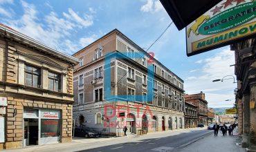 Petosoban stan na prvom spratu, Centar / Stari Grad