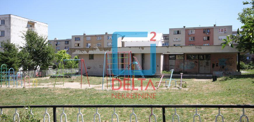 Namješten trosoban stan, Alipašino Polje