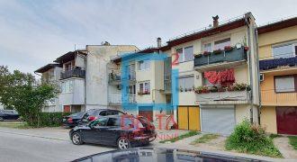 Dvosoban stan sa garažom, Aerodromsko naselje / Dobrinja