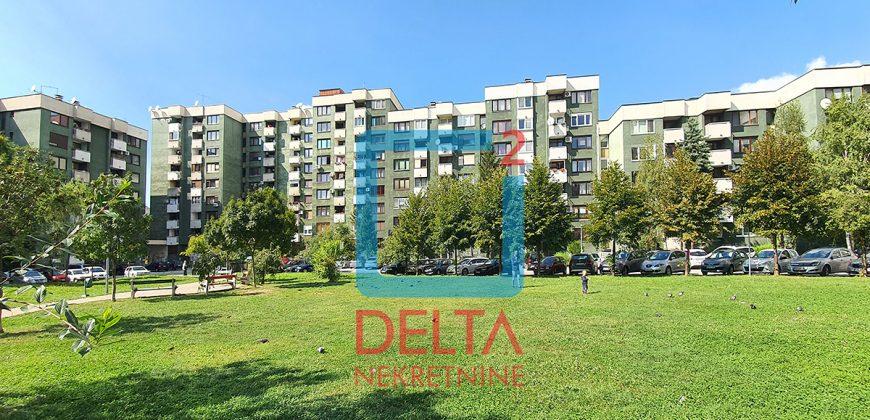 "Trosoban stan u zgradi ""Teheranka"", Hrasno / Čengić Vila"
