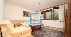 Adaptiran dvosoban stan na 1. spratu, Centar / Soukbunar