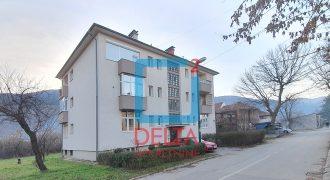 Adaptiran trosoban stan, 1. sprat / Hrasnica / Ilidža