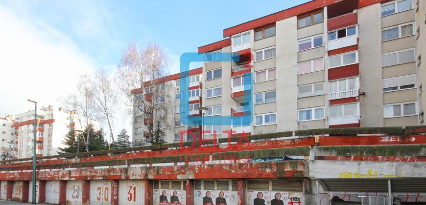 Jednoiposoban stan, Koševsko brdo
