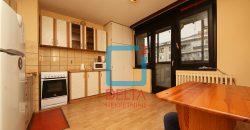 Dvosoban stan sa dva balkona, Dobrinja