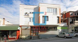 Dvosoban stan na prvom spratu, Ciglane / Centar
