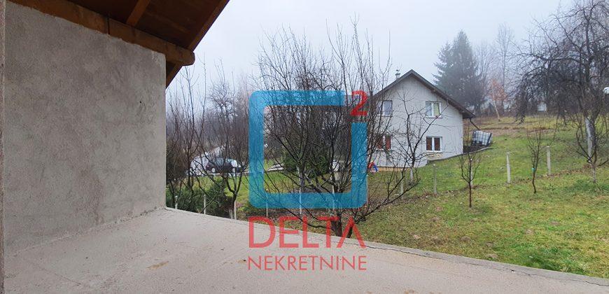 Vikendica 50m2, na parceli 1030m2, kremeš / Vogošća