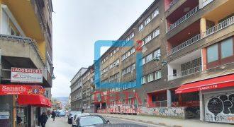 Dvosoban stan / 2.sprat / Branilaca Sarajeva / Centar