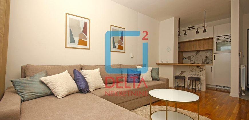 Namješten jednoiposoban stan, Bulevar / Stup
