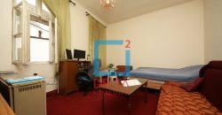 Trosoban stan 80m2 + 80m2 / Stari Grad / Baščaršija