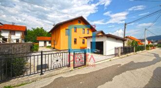 Kuća sa garažom i dvorištem, Rakovica, Ilidža